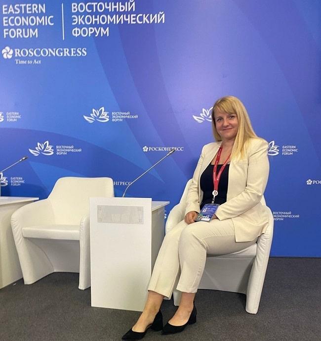 """ВЭФ 2021. Руководитель """"Аквамарин"""" Марина Ус - выступила экспертом по туризму"""